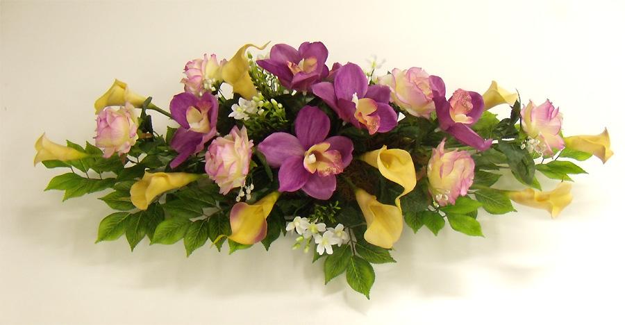 Composizioni mortuarie fiori piante artificiali