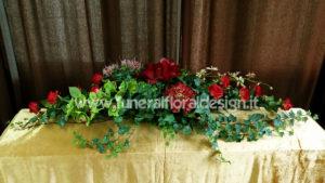 Copricassa funebre fiori artificiali rossi