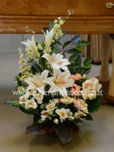 Composizioni funebre fiori artificiali ovale