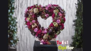 Cuore floreale funerario