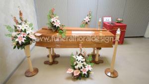 Arredo floreale case funerarie camera ardente
